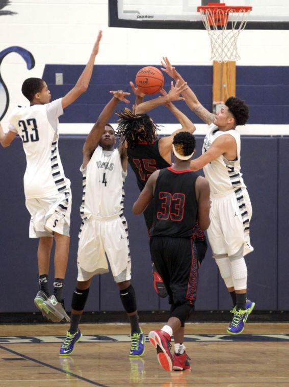 Basketball Boys Shoemaker  V Harker Heights062.JPG