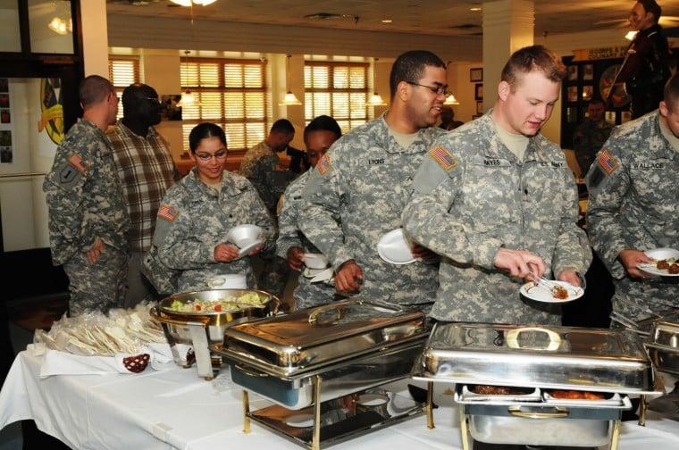 III Corps, Fort Hood Culinary Arts Team hosts Thanksgiving show