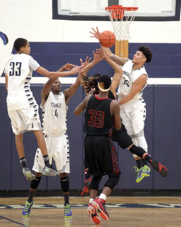 Basketball Boys Shoemaker  V Harker Heights063.JPG