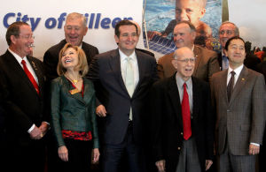U.S. Sen. Ted Cruz, R-Texas, Meets with Area Officials