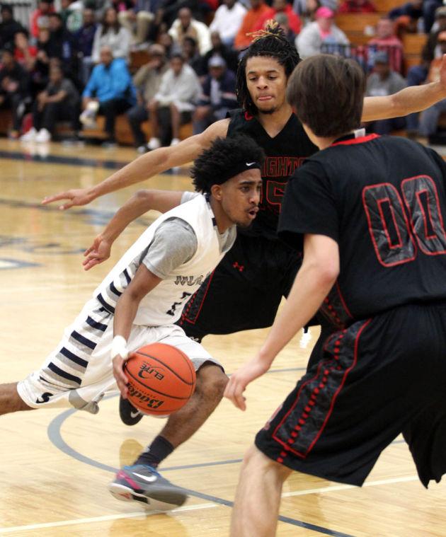 Basketball Boys Shoemaker  V Harker Heights064.JPG