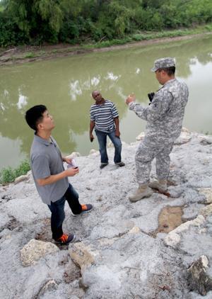 85th Civil Affairs Brigade Trains 490th Civil Affairs Battalion