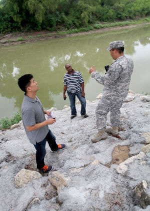85th Civil Affairs Brigade Trains 490th Civil Affairs Battalion