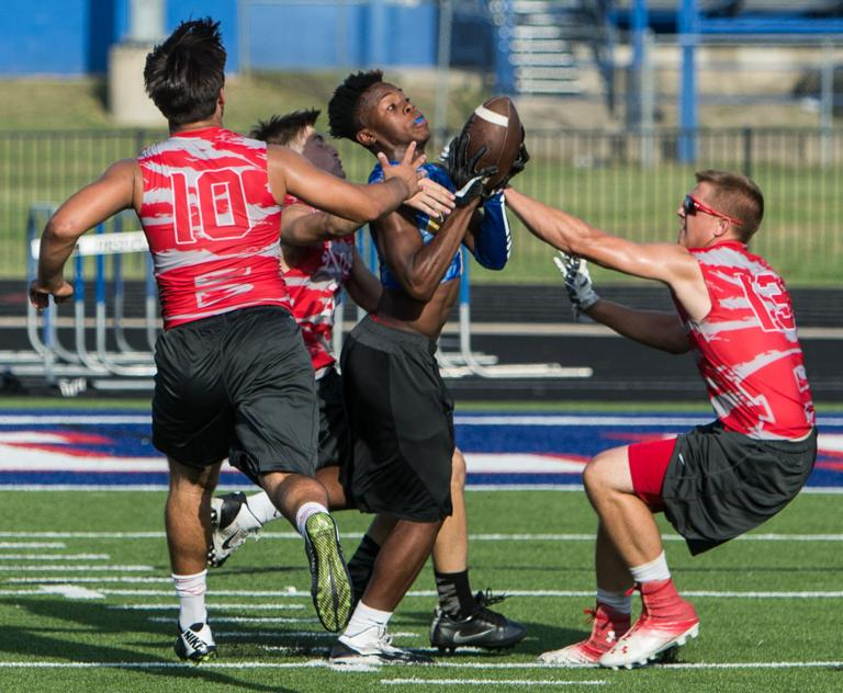 Short-handed Belton rallies to win 7-on-7 league finale vs. Cove
