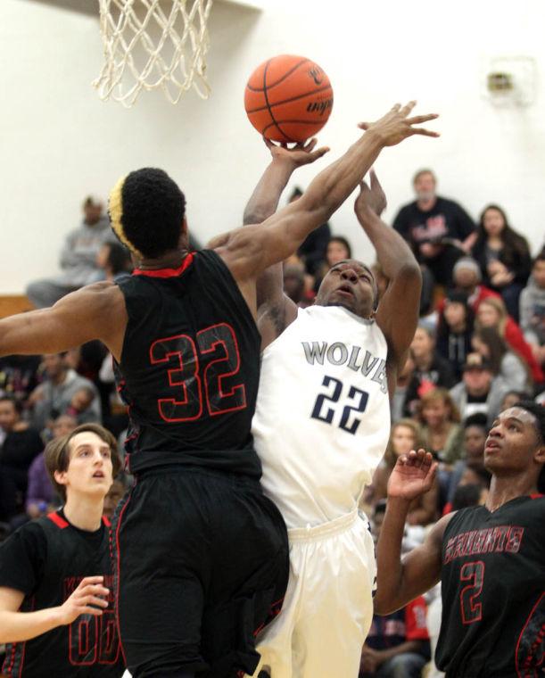Basketball Boys Shoemaker  V Harker Heights066.JPG