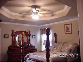 Large family home with lots of recent updates!! 4 bedrooms