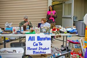 Multiunit garage sale