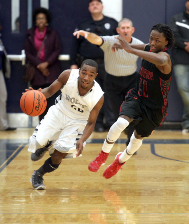 Basketball Boys Shoemaker  V Harker Heights071.JPG