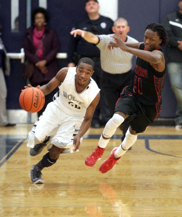 Basketball Boys Shoemaker  V Harker Heights071.JPG