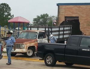 Car crashes into Cove school