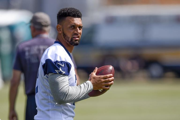 NFL: Cowboys moving Shoemaker ex Showers to safety