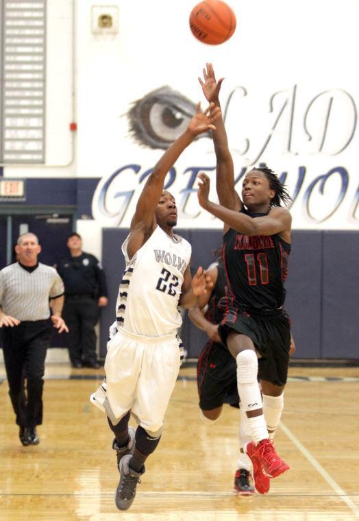 Basketball Boys Shoemaker  V Harker Heights073.JPG