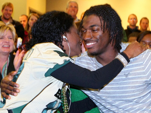 Heisman Finalist: RG3 headed to NYC