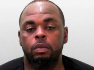 Felon faces felony eluding, weapons charge after chase
