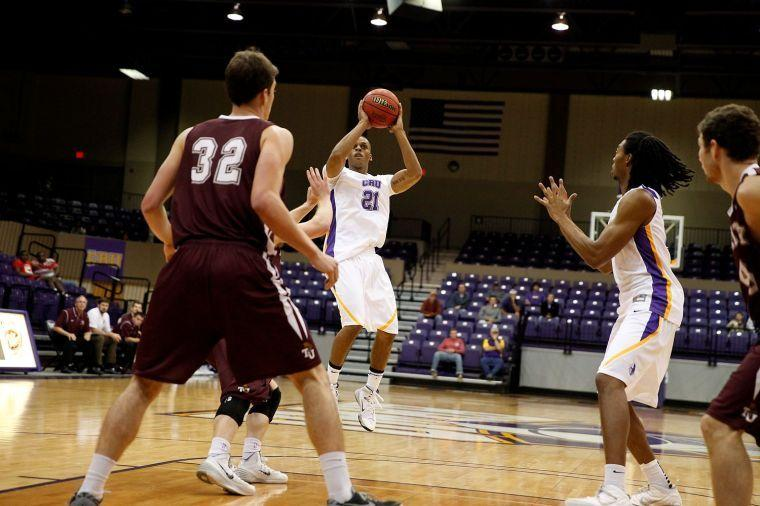 UMHB guard Allen makes most of his opportunity