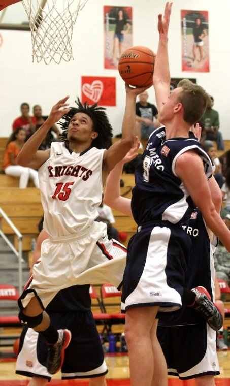 Boys Basketball: Heights v. Vic Metro