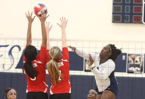 Volleyball: Shoemaker v. Belton