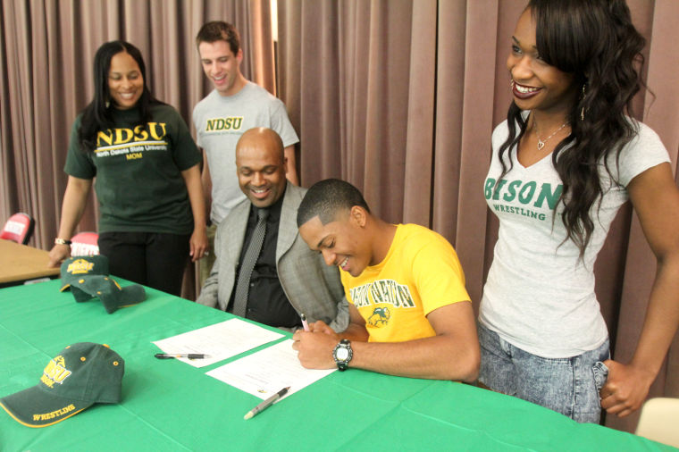 Derrick Williams Signs with North Dakota State University