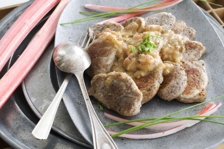 Food-Healthy-Rhubarb Pork