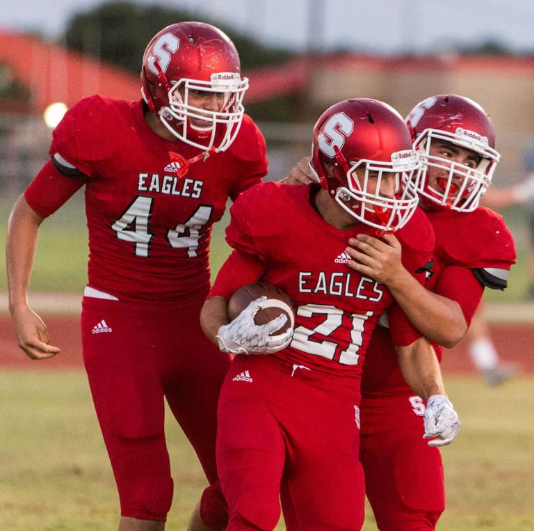 FOOTBALL: Salado runs past Hyde Park 28-9 for Haire's 1st win