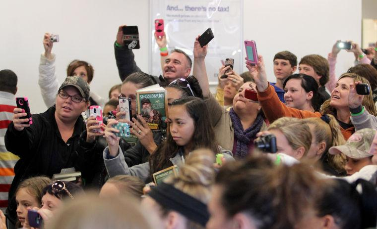 'Duck Dynasty' book signing