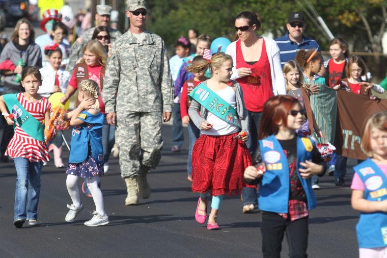 Cove Veterans Day Parade 31.jpg