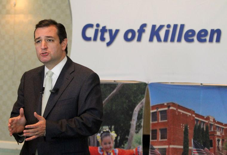 Cruz meets with area officials