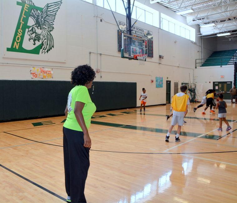 girls youth basketball camp
