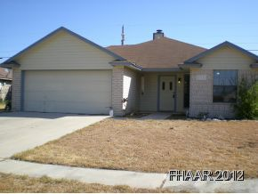 Cozy Family Home with 3 bedrooms, 2 bathrooms. Nice Copperas