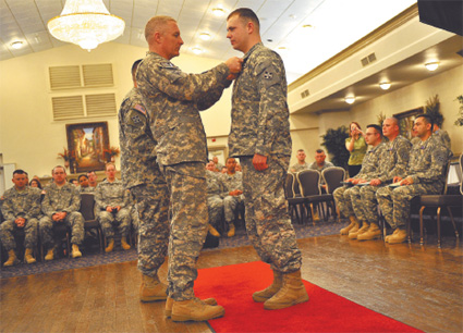 Wounded heroes receive medals