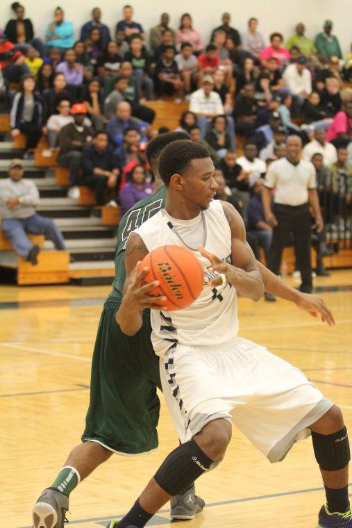 ShoemakerEllisonBasketball26.jpg