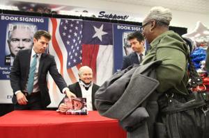 Robert Gates Book Signing