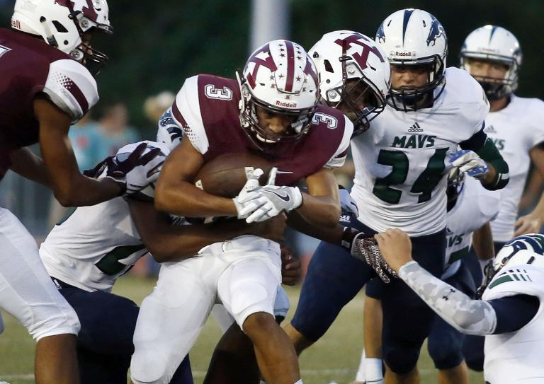 FOOTBALL: McNeil tops Killeen 14-9 in defensive battle