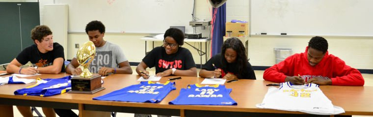 Copperas Cove signings