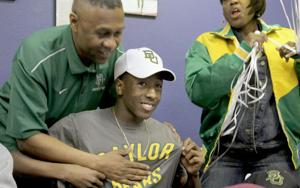 Copperas Cove's Graham follows father to Baylor