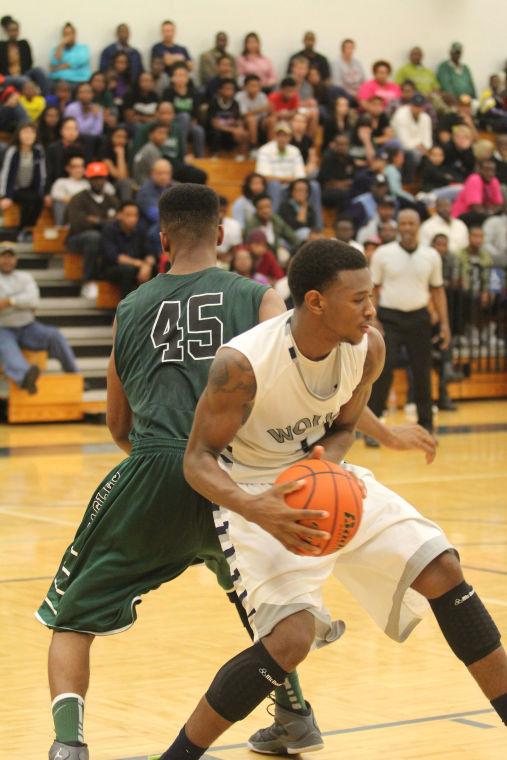 ShoemakerEllisonBasketball27.jpg