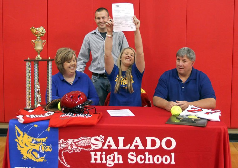 Hicks signs with A&M-Kingsville