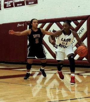 Lady Roos handle Hippos in home opener