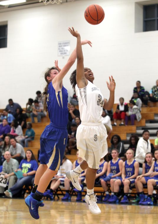 ShoemakerKerrvilleTivyBasketball 011.JPG