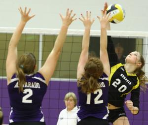 Gatesville Sweeps Alvarado in Bi-District Playoff