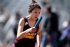 Lometa at track meet