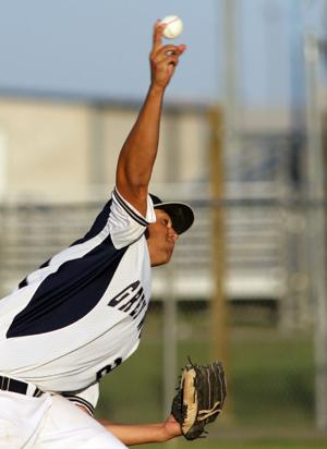 Shoemaker downs Heights 3-2