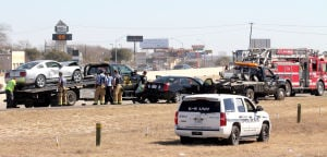 Accident snarls Traffic on 190