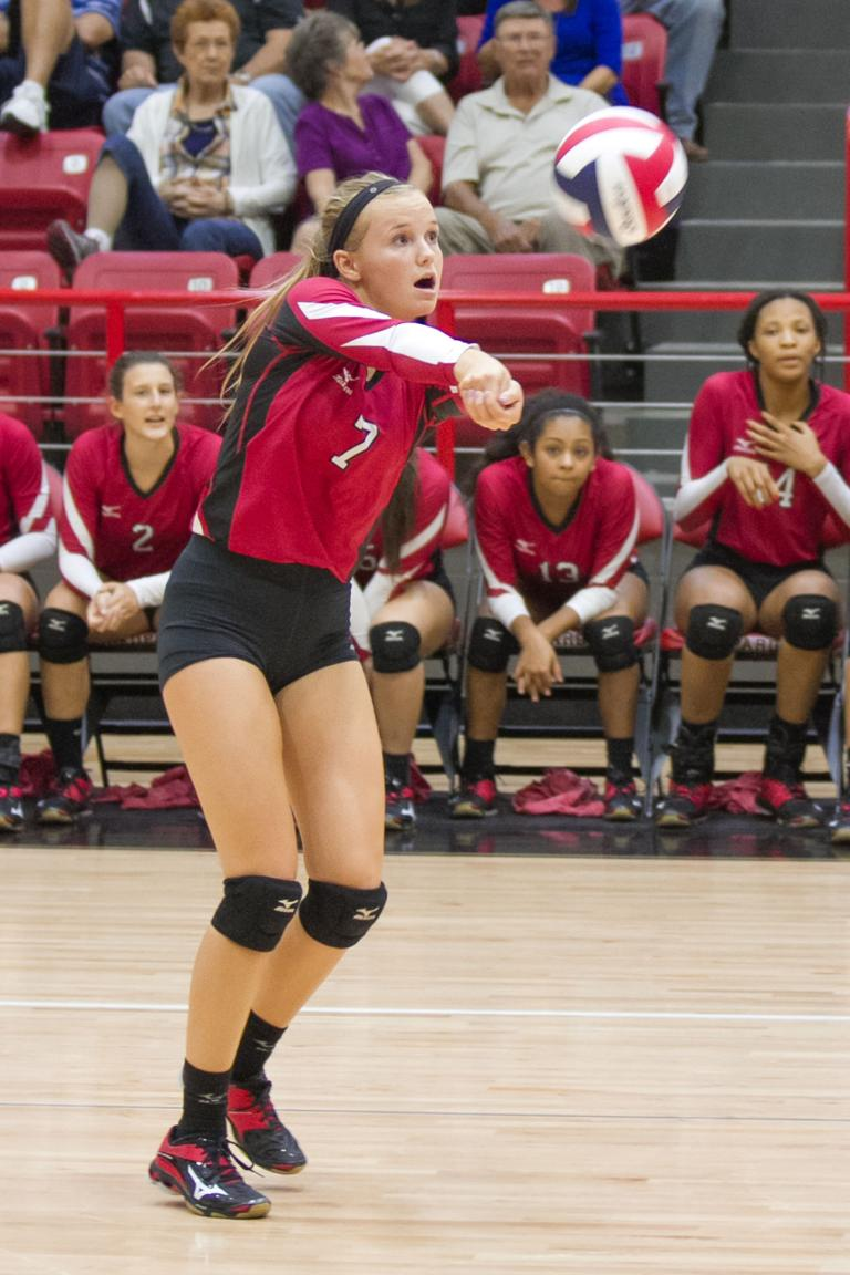 VOLLEYBALL: 4A-No. 14 Lorena powers to home win over Belton