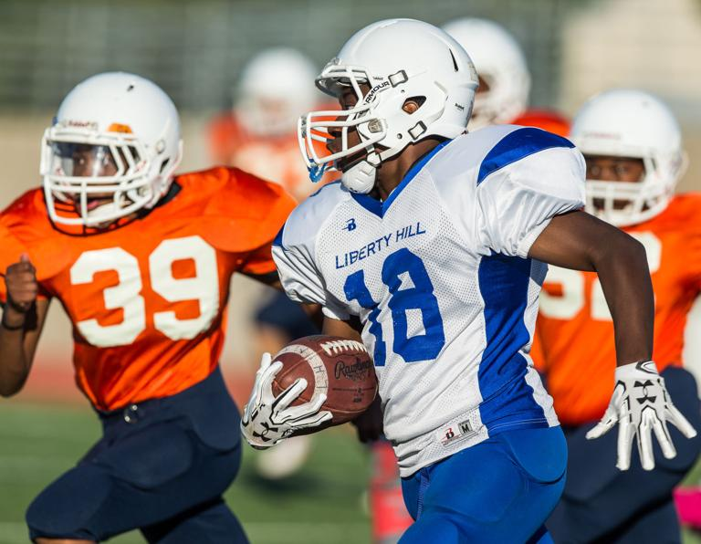 MIDDLE SCHOOL ROUNDUP: Exford leads unbeaten 8A Cavs in 31-0 win