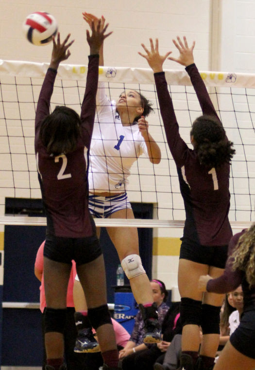 Copperas Cove vs Killeen Volleyball