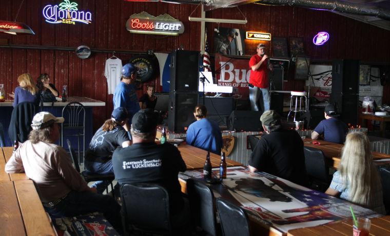 Pit Stop Bar & Gril