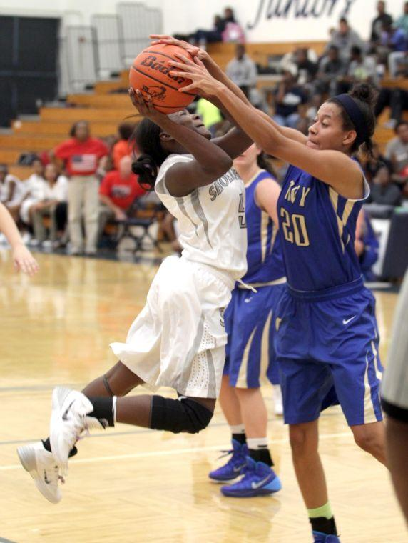 ShoemakerKerrvilleTivyBasketball 014.JPG