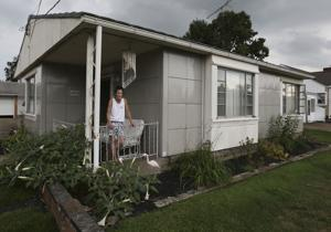 'Lustron Stories' explores quirky metal homes