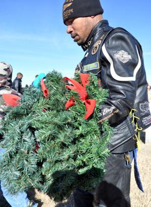 Wreath removal 2014
